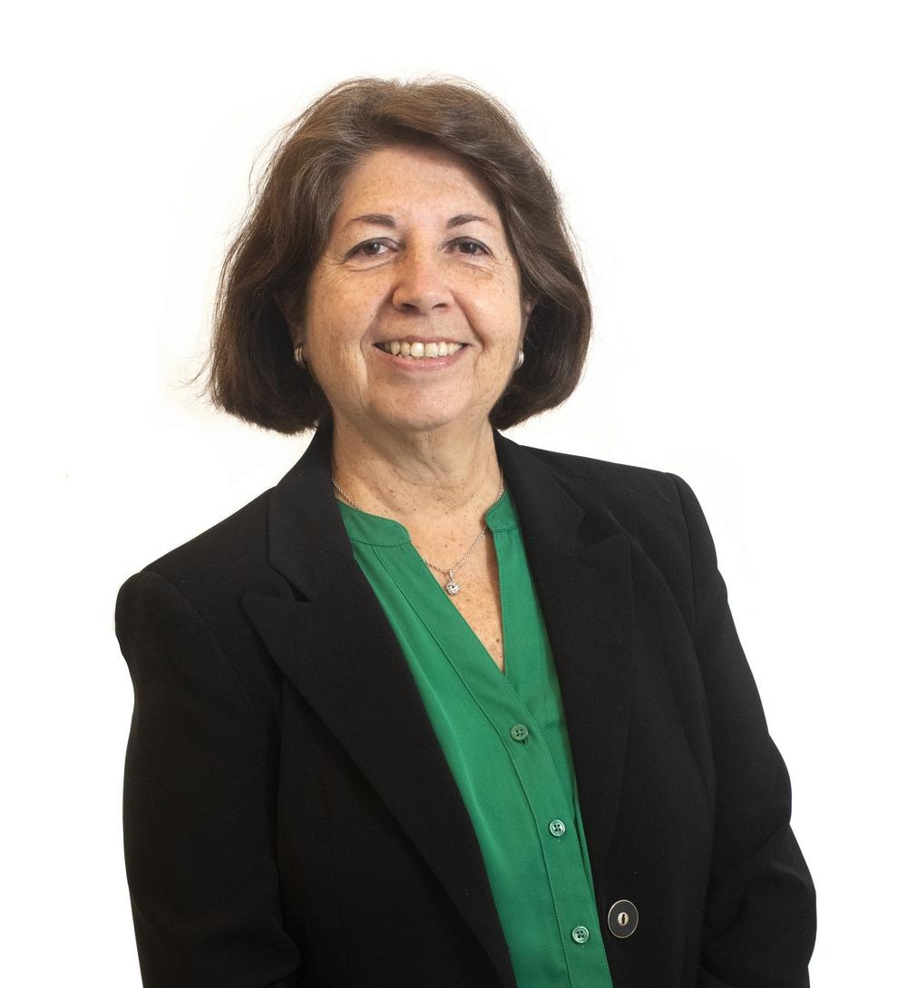 Elena R. Perez